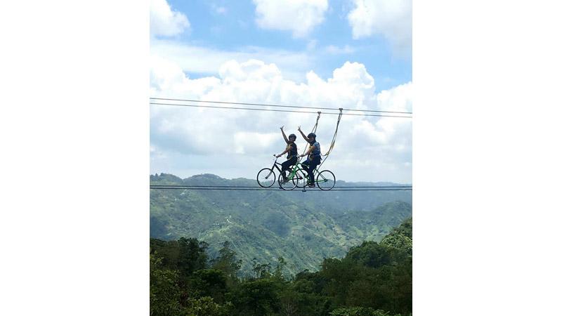 ボホール島空中自転車